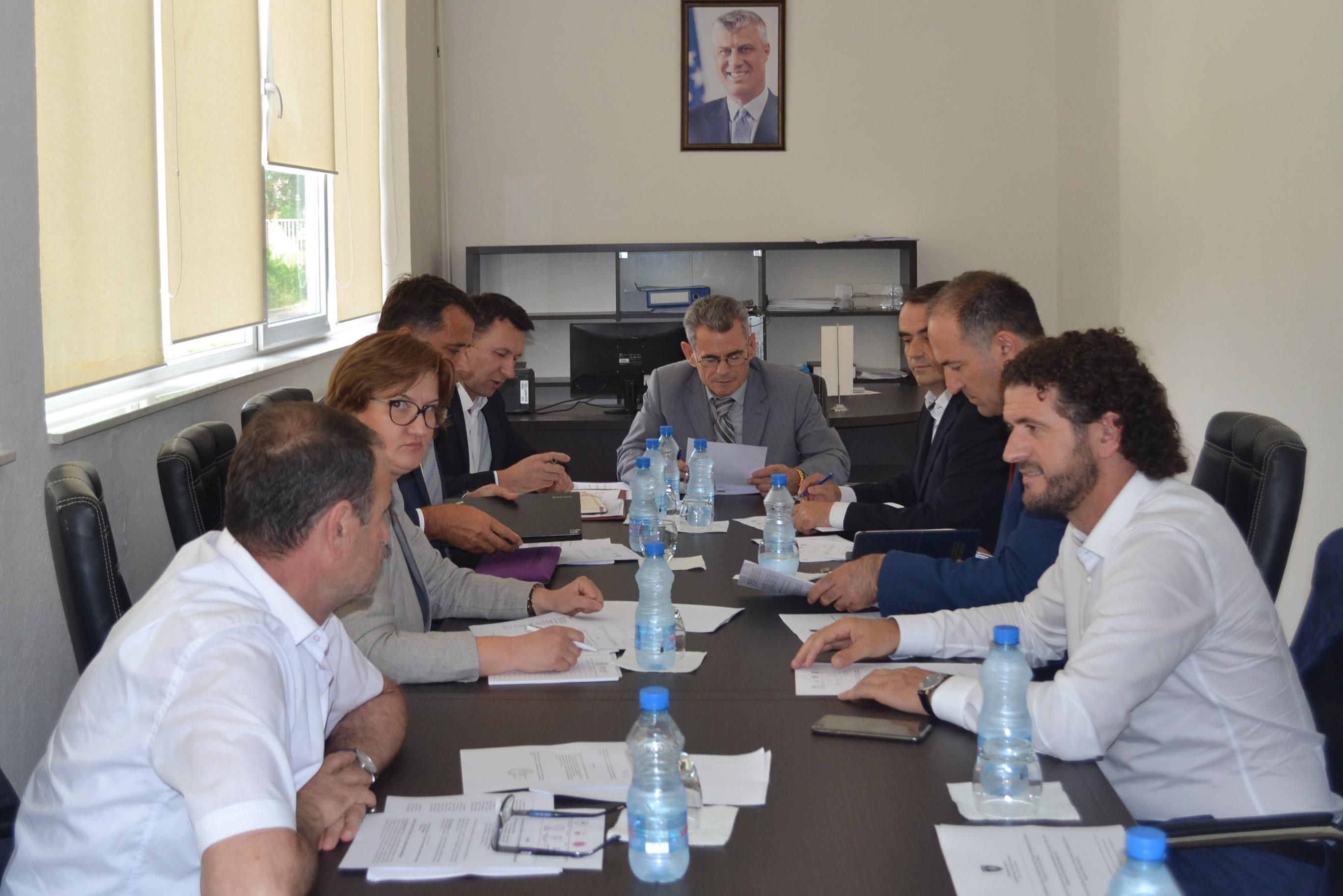 Fotot Nga Konferenca E Rektorëve.