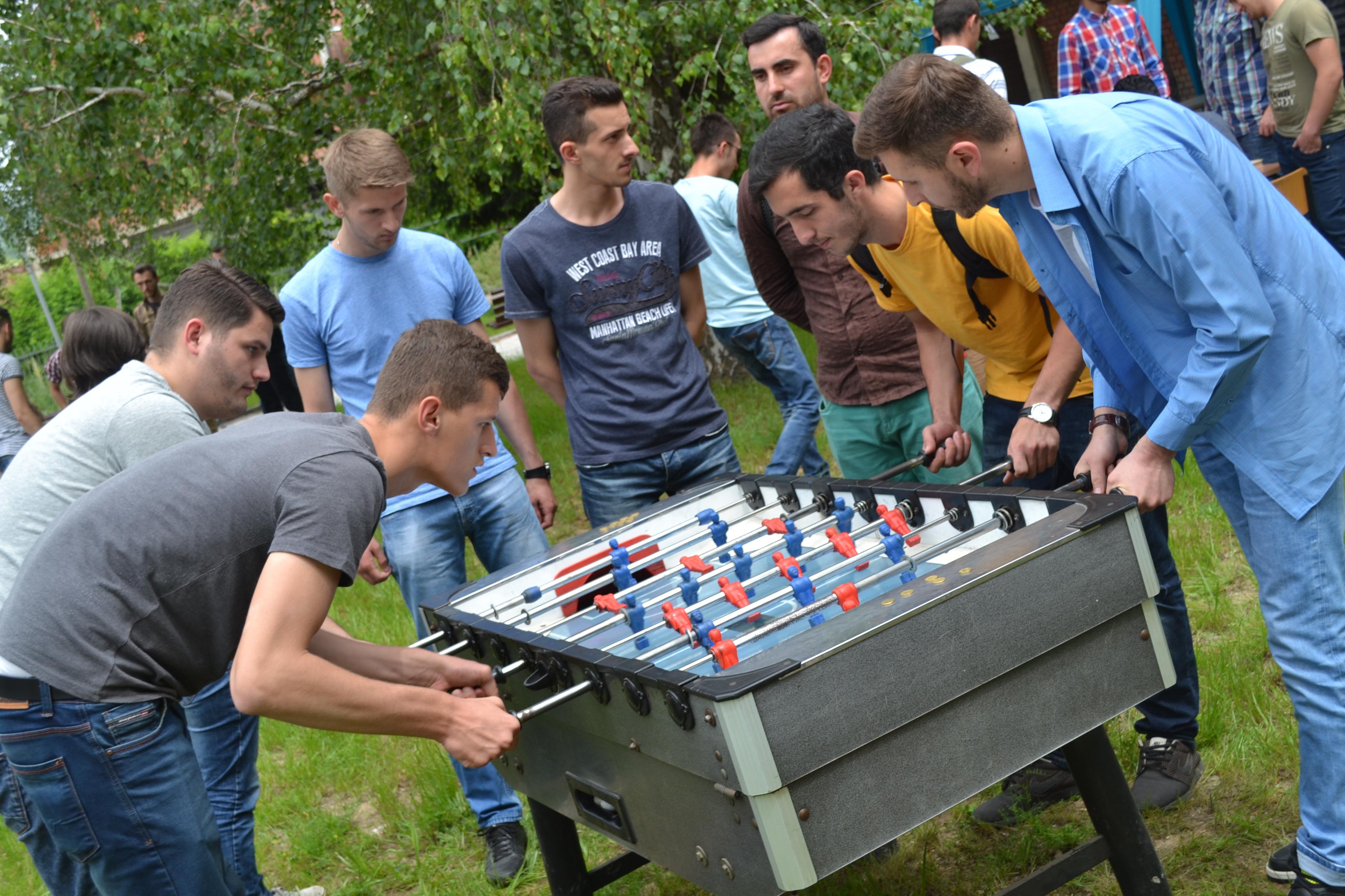 Aktivitete Studentore ( Maj 2016)