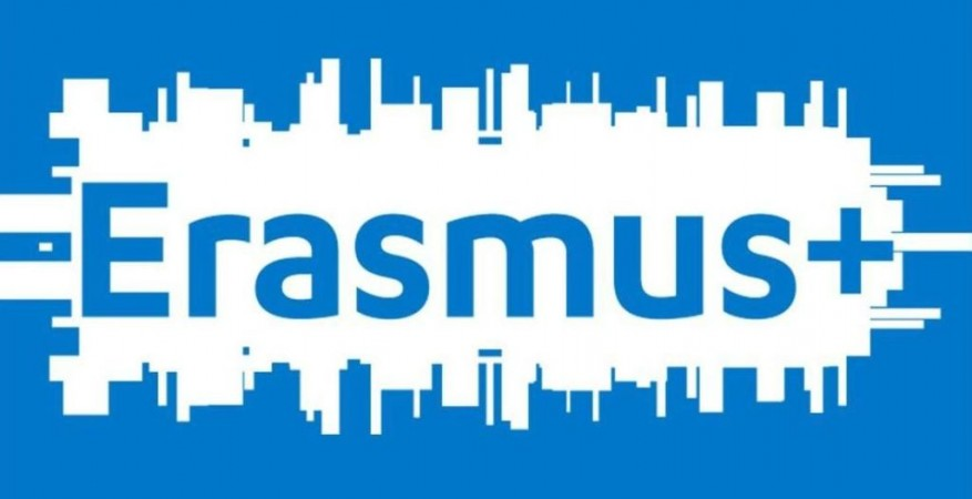Erasmus Plus Logo 877×450