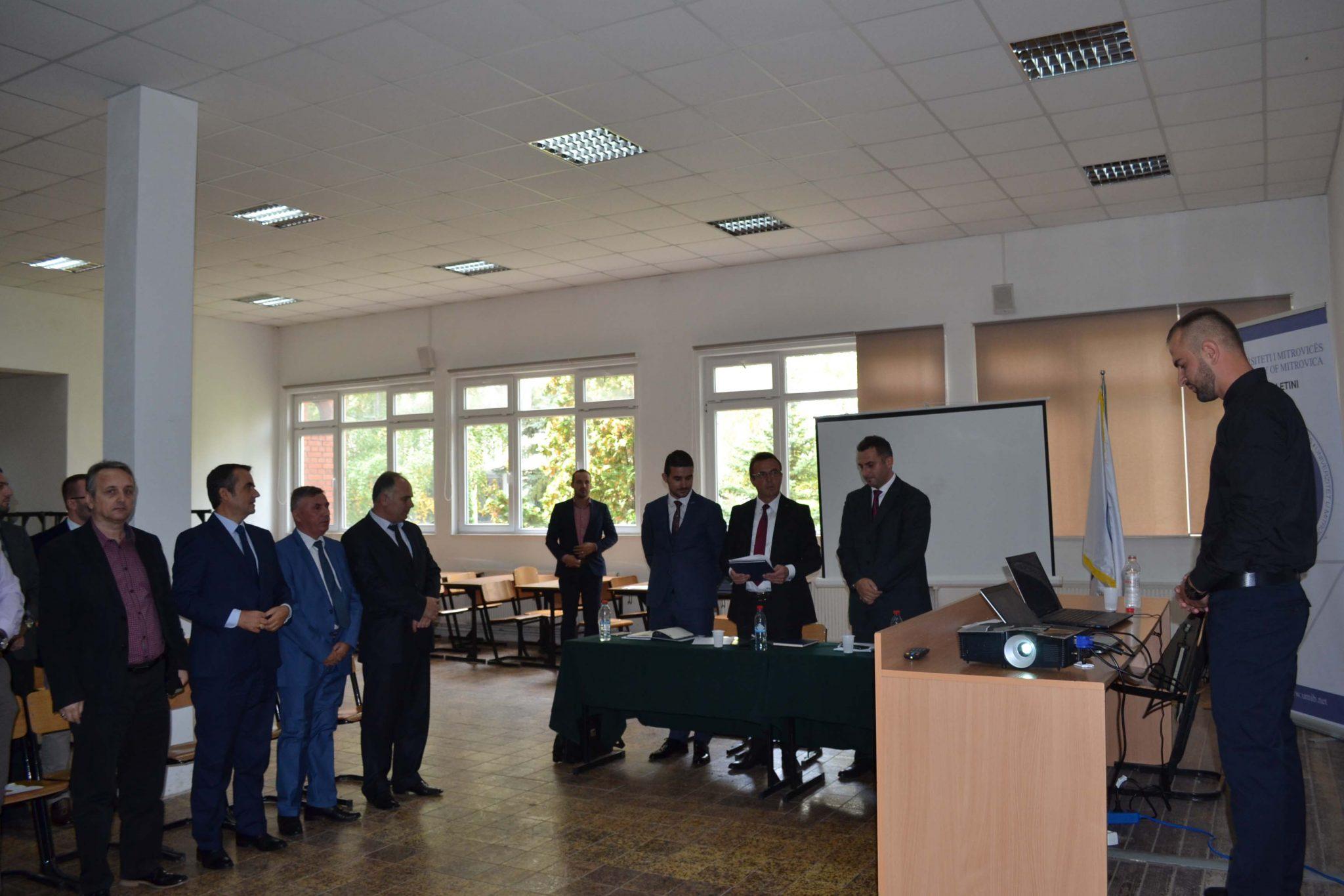 Ceremonia E Diplomimit Në Ekonomik (shtator 2017)