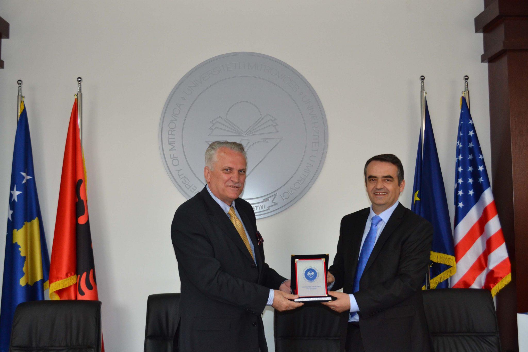 Rektori Musaj Me Rektorin E Universitetit Nëna Tereze Në Shkup, Aziz Pollozhani (prill 2017)