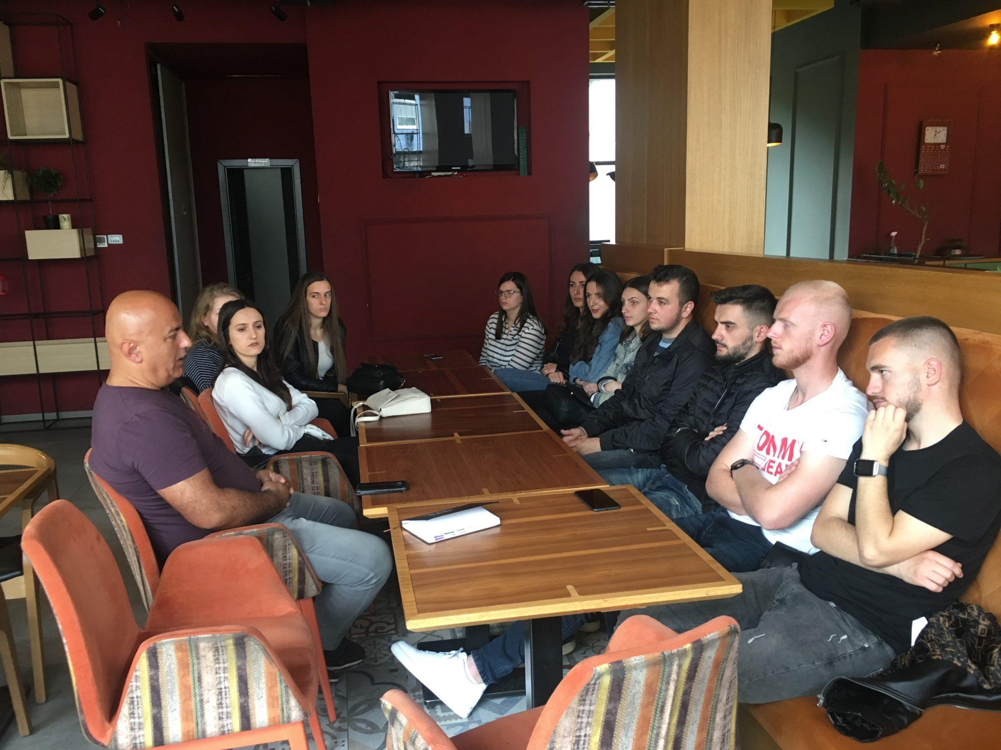 Aktivitete praktike të studentëve të Fakultetit Ekonomik